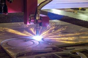 plasma cutting of steel plate